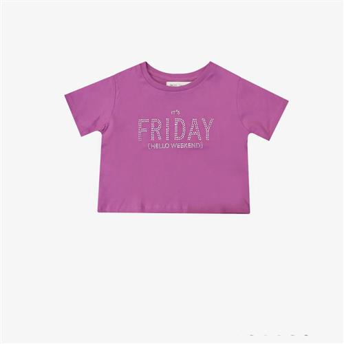 "Remera "" Friday"" - Violeta, blanca y negra -"